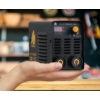Kép 5/5 - Heg. inverter IWELD GORILLA MICROFORCE 120 VRD (110A-60%Bi,230V±15%) test és munka kábelekkel, papír dobozban 80MROFRC120
